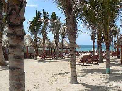 plage puerto morelos.jpg