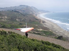Preparing for Take off (kobinphoto333) Tags: sanfrancisco fortfunston hangglider hanggliding