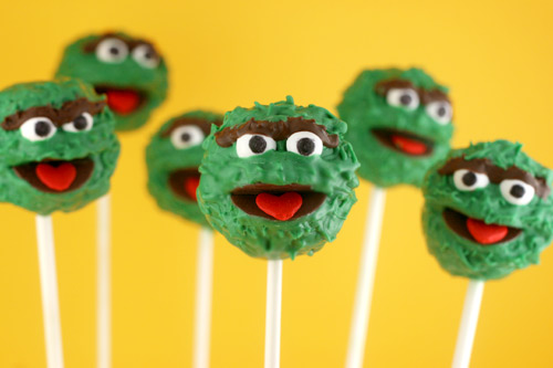 Oscar the Grouch Cake Pops