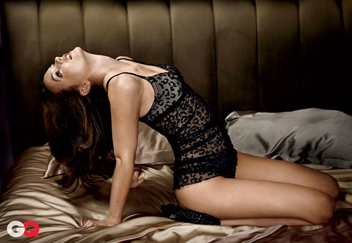 leighton-meester-gq-obsession-02h
