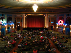 Auditorium Filling up (jeffs4653) Tags: christmas newyork movie theater itsawonderfullife 1946 suffern rocklandcounty suffernny frankcapra lafayettetheater christmas2009