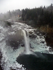 P1070196c (lilasia) Tags: snow fotolog snoqualmiefalls