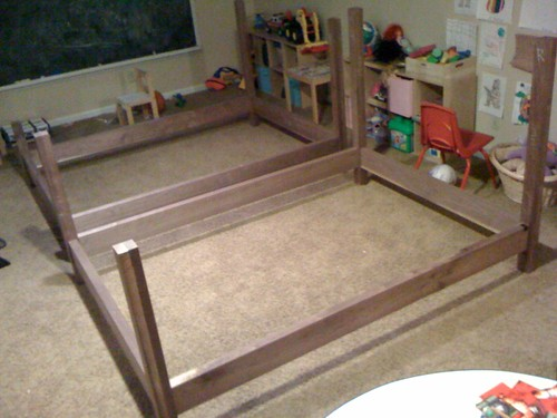 brownell_walnut_bed_1