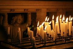 Angel (just.Luc) Tags: church angel candles quote ange flames engel neogothic oostende église bougies kerk flammes kaarsen neogotiek vlammen saintpeterandpaulschurch sintpetrusenpauluskerk néogothique neogotisch anticando articulateimages eglisesaintspierreetpaul