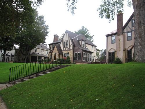Homes along Woodlawn Blvd