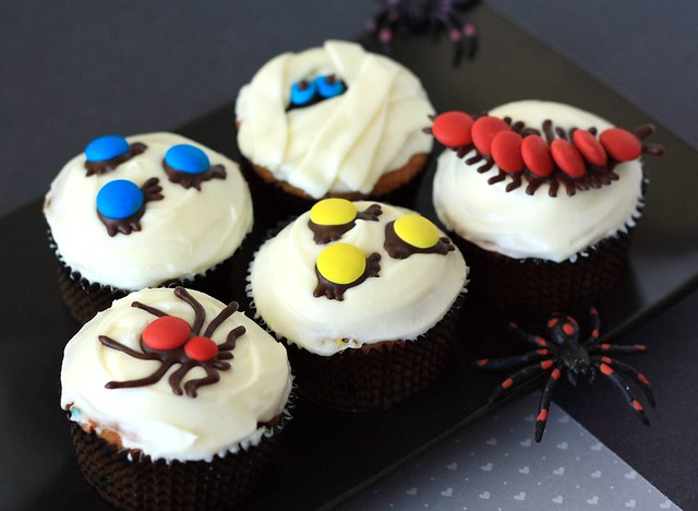 Creepy Pumpkin Bug and Mummy-cakes (Cupcake Hero::October)