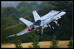 Touch and GO! (F/Depth Photography) Tags: usa oregon airplane fighter military navy jet hornet rough douglas hillsboro raiders hio mcdonnell afterburner fa18c vfa125 nj365 164062 0952c187