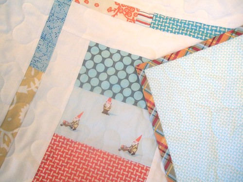 Gnome quilt: Backing and binding