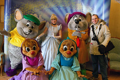 Meeting Cinderella, Suzy, Perla, Jaq and Gus!