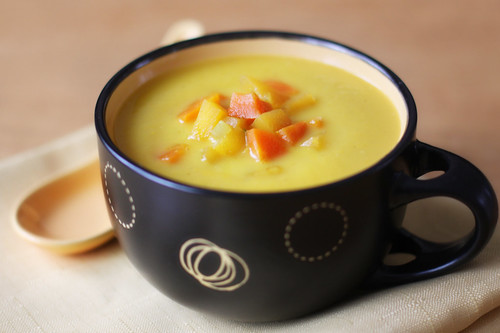 Root vegetables and apple spiced soup