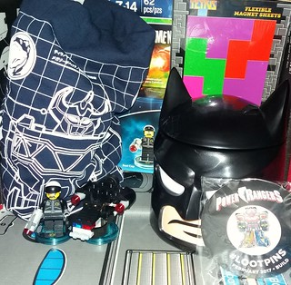 Lootcrate Review - Build Theme (February 2017)
