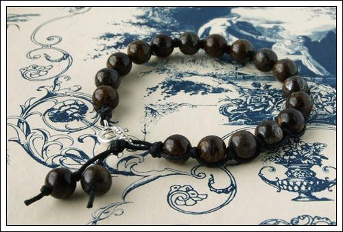 Knotted bronzite bracelet