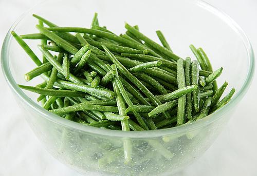 自己做泡菜。醃豆子-090829