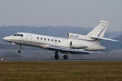 P4-JET - Private - Dassault Falcon 50 - Luton - 090107 - Steven Gray - IMG_5183