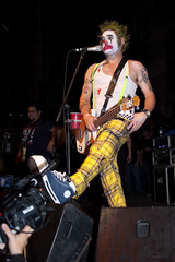 NOFX - Cokie the Clown (Patrick Houdek) Tags: california music chicago west mike festival rock metal drums coast diy illinois los outfit riot san francisco eric punk theater angeles bass guitar live fat clown north trumpet el limo il suit bands congress hardcore ave milwaukee erik keyboards melvin wreck fest sandin vocals 2009 jumps smelly nofx hefe alternative chords cokie the 2135 chicagoist 60647 lastfm:event=1093094 lastfm:event=1112821 cokietheclown