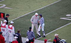 "Coach Pelini ""talks"" to Ref - Huskers (beatboxbadhabit) Tags: nikon nebraska lincoln huskers bigred collegefootball big12 d40"