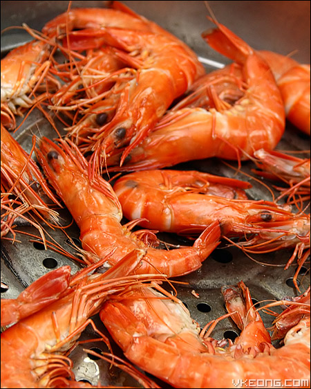 beer-steamed-prawns