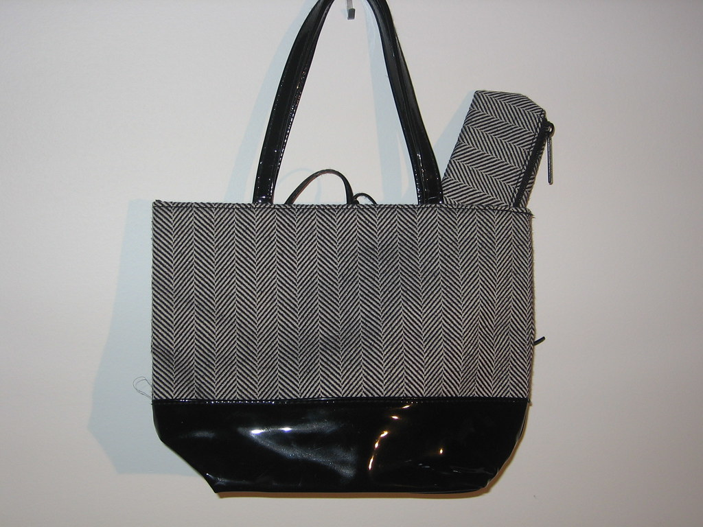 Little Black Patterened Purse and matching make-up bag