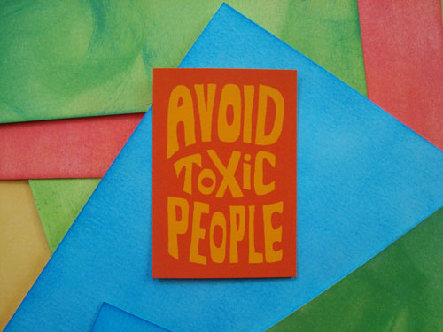 avoid-toxic-people