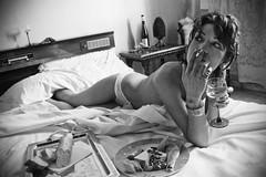 Afrodita - Bellessen (manupiripiri / Emanuela De Luca) Tags: portrait roma love girl relax hotel donna noir libro persone reno pane cile ritratti ritratto 2009 amore miele cibo letto biancoenero vino 2010 ragazza stanza peperoncino nudo fumo albergo sigaretta isabelallende storia cioccolata sesso chiave afrodita afrodisiaco romanzo bwdreams gentediromaromamor nikond40 jpeggy ritrattidiof carnalit animaazione emanueladeluca clubromanodifotografia s
