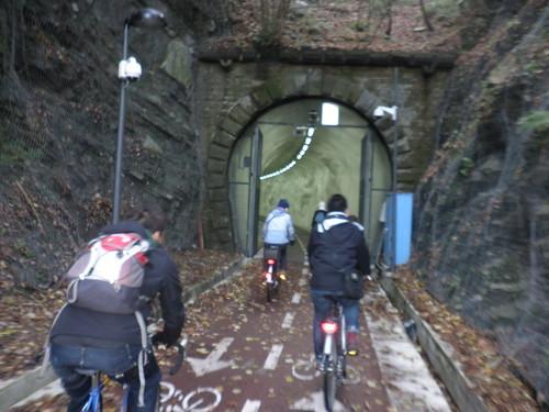 entrando en el tunel por morlans