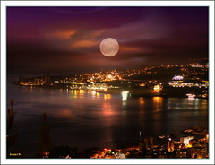 City Moon (2) (Capronero) Tags: lebanon night bay photoimpact mediterranea jounieh colorphotoaward capronero