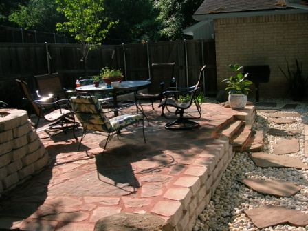 Retaining Wall patio designs