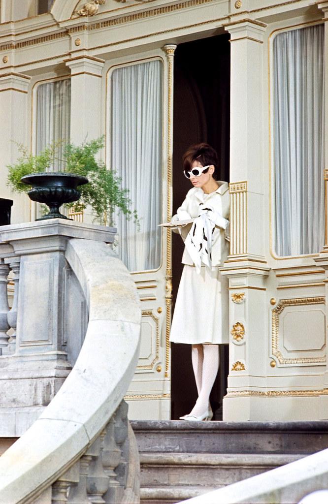Annex - Hepburn, Audrey (How to Steal a Million)_12