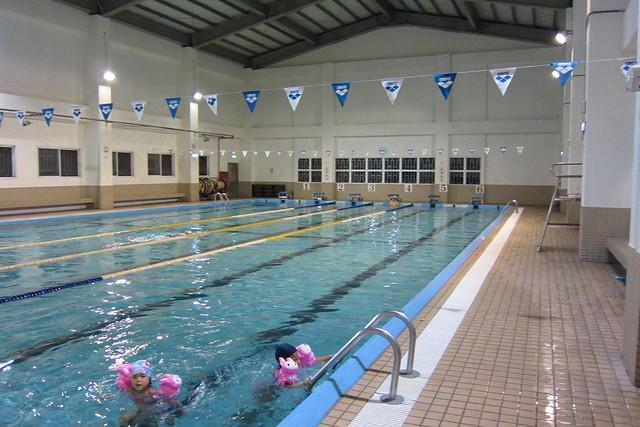 新莊 榮富 泳池