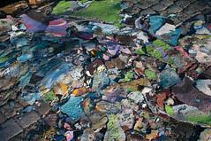 Graffiti chips (_quintin_) Tags: paint chips graffiti