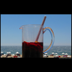 Sangria e maresia ... (juntos ( MOSTLY OFF)) Tags: friends sea summer food beach me relax bravo estate top enjoy chapeau click meco musictomyeyes gonewiththewind profumo sapori theglassmenagerie goldengallery danceaway mywinners visiongroup theblueribbon richardsgroup momentarylapseofreason theunforgettablepictures eperke goldsealofquality betterthangood favouritesofmyfavourites photographersgonewild freedomhawk lesamisdupetitprince reflectyourworld flcikrshearts saariysqualitypictures saarysqualitypictures imagesforthelittleprince thefriendsofelbrujo thegoldenpowerclub joetbesgroup 4mphotographicdream sangriaemaresia unbuoncompleanno kuntzplazinternational 2mmroyalstation freedomgexcellence25