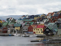 Nlsoy - Faroe Islands (Eileen Sand) Tags: ocean sea boats island harbor europa europe village north eu atlantic faroeislands faroes froyar frerne nolsoy nlsoy bygd nols