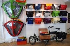 workcycles bags and canopies 1 (@WorkCycles) Tags: amsterdam bike bicycle store winkel bags tassen canopies lijnbaansgracht panniers bakfiets tentje longjohn fietstassen tentjes clarijs workcycles huifje