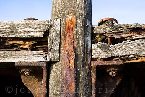 Old pier details 4