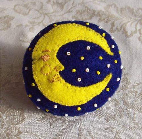 Victorian Style Crescent Moon Circular Felt Pincushion