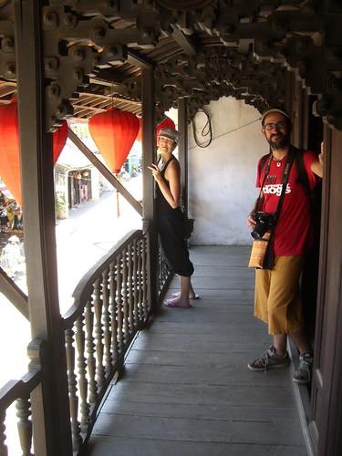 Balcón con farolillos en Hoi An
