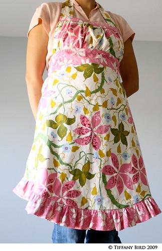 reverse apron pink 1