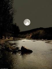 Soon (Gaboo40) Tags: argentina rio river yes luna cordoba moonlight soon reflejos yessoon flickraward oltusfotos gabrielviero riobarrancas riotalita lusdeluna lunasobrerio reflejosdeluna gabrielvieromartinez gaboo40 tag00tag1687456