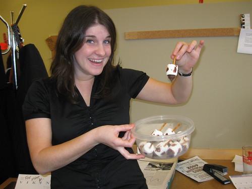 Hanukkah dreidel marshmallow candy 4