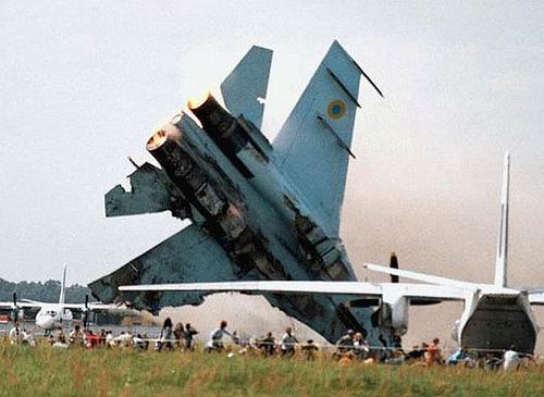 4193710161 3e341db52a o Foto Berbagai Macam Kecelakaan Pesawat