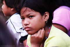 Indegenous Beauty (mario kojima) Tags: india girl beauty children dof child sãopaulo young garota beleza criança menina guarani indigena parelheiros mariokojima máriokojima canoneosrebelt1i indifenous penondéporã