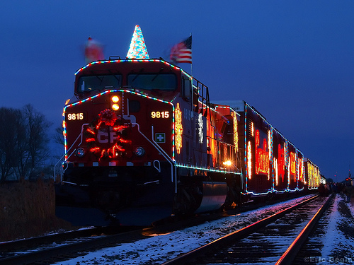 Canadian Pacific holiday train (by: Eric Begin, creative commons license)