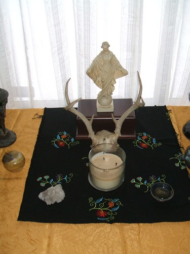 Detail: house spirits altar