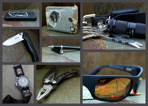 2 sunglasses leatherman pen keychain phone 4 watch navy dive knife cx seals flashlight edc g3 folding rollerball everydaycarry peahi multitool iphone crkt luminox mauijim vertex prybaby peteratwood 4sevens pocketdump skeletool montblonc mightywallet quarkmini123 summitcreekdrygoods nobleese