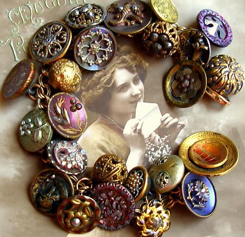 1800's vintage button gold charm bracelet.