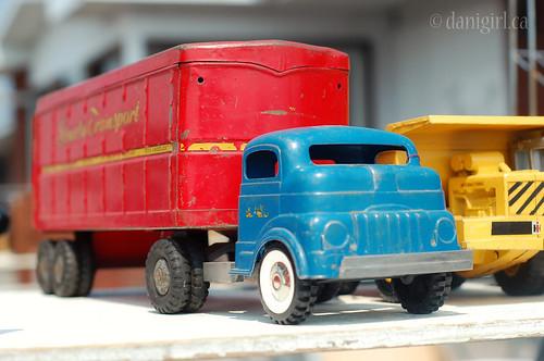 209c:365 Trucks