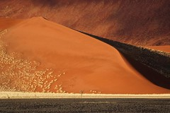 Africa - Namibia / Sossusvlei (RURO photography) Tags: voyage africa travel blue orange color tourism sunrise landscape fun photography colours desert photos african vivid reis paisaje tourist paisagem colores ciel afrika lonelyplanet nuage paysage der landschaft namibia paesaggio sanddunes park nationalgeographic africain dune7 reizen namib discoverychannel kleuren woestijn  deadvlei dune45 naukluft supershot namibi kartpostal  enstantane anawesomeshot voyageursdumonde namibsky journalistchronicles kleurenpracht globalbackpackers  discoveryphoto discoveryexpeditions        rudiroels inspiredelite loszand lafric namib sanddne namib sandcurves
