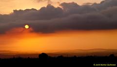 Un nou dia / Un nuevo da / A new day (Jordi Muoz Quiones) Tags: cloud sun sol sunrise alba amanecer baixcamp nuvol laselva nuves laselvadelcamp jordimuozquiones