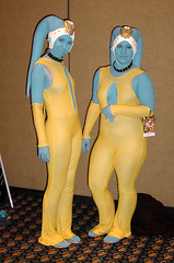 Twi'lek twins (Matt & Kristy) Tags: starwars costume episode1 thephantommenace twilek dragoncon2009