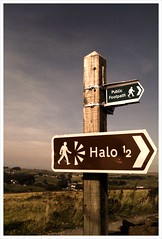 Halo, Haslingden (new folder) Tags: sign moblog typography halo lancashire mobilephone panopticon publicfootpath iphone rossendale rightarrow haslingden